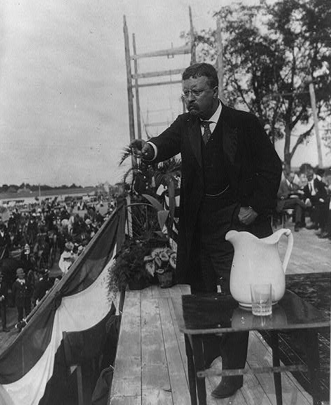 Theodore Roosevelt in Concord, NH, 1907.