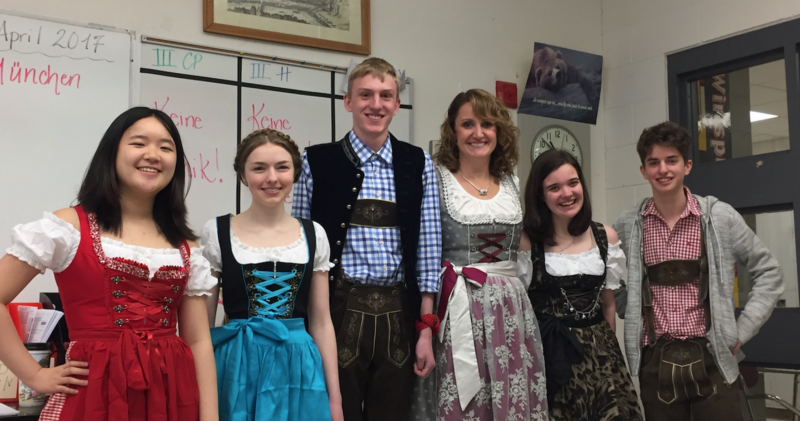 Kristin Gillett (center) sees interest in German growing.